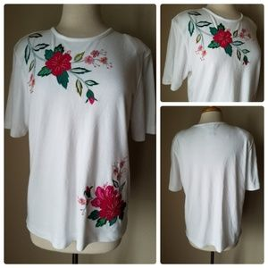 Koret White Hibiscus Floral T-Shirt Top